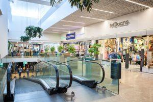 Winkelcentrum Leiderdorp met BAIYILED led verlichting