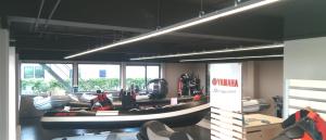 BAIYILED LED Lijnverlichting geïnstalleerd om showroom Yamaha