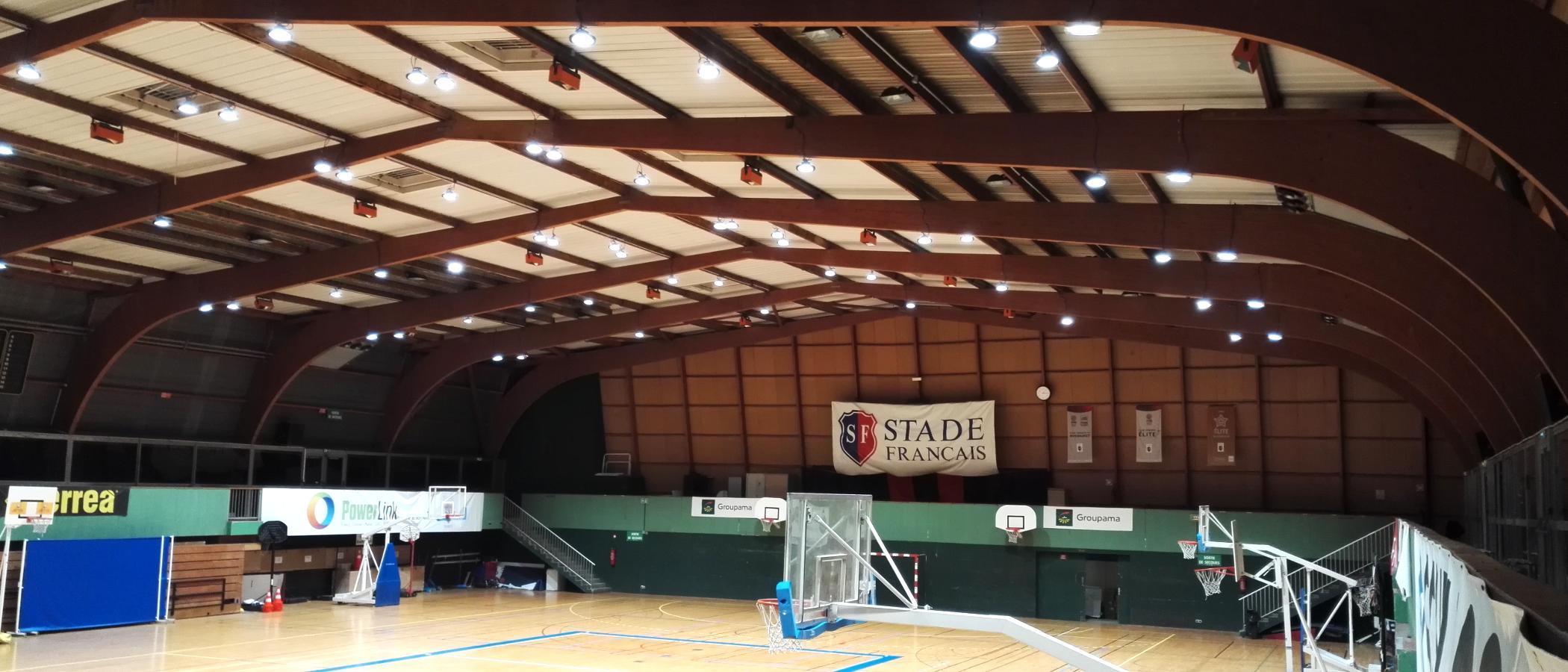 BAIYILED LED highbay geïnstalleerd om sporthal Stade Francias