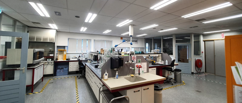 indirecte LED panelen geïnstalleerd om Biothane Delft